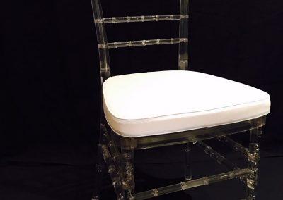 polychiavari transparente cojin blanco sin marca de agua
